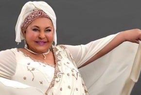 Esma Redzepova cantante umanitaria